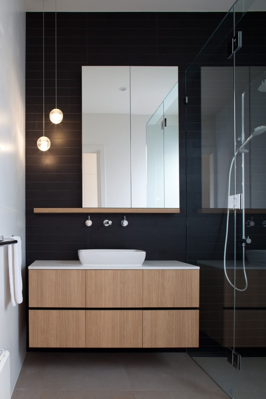 8 White Kitchens That Will Make You Say Wow: Bathroom Renovation Trends That Will Make You Say Wow